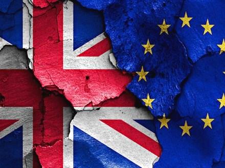Brexit, cosa succede ora? Ecco gli scenari previsti dai trattati UE