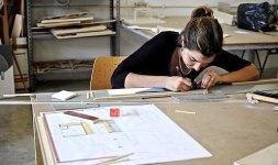Fasi di realizzazione del progetto in scala della casa Med in Italy [Foto: Fabio Liberati]