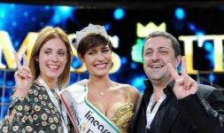 Alice Sabatini con Mario Gori, organizzatore di Miss Lazio, e la modella e conduttrice Margherita Praticò (Photo ©Rocco Almagno)
