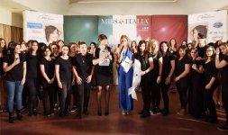 Insieme allo staff make-up di Romeur Academy - - Photo ©Valerio Tutto Flash Cosmi