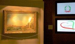 La veduta di Venezia del Canaletto nella mostra di quadri e opere d'arte allestita dalla Galleria Ars Antiqua di Milano ha allestito all'interno del Meridien Beach Plaza