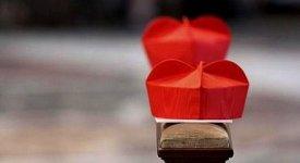 'Monsignore' solo dopo i 65 anni: ecco il riordino dei titoli ecclesiastici in stile Bergoglio