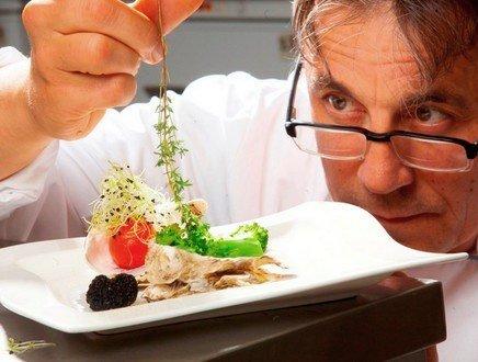 Un manager in cucina, e il mercato della ristorazione non ha più segreti
