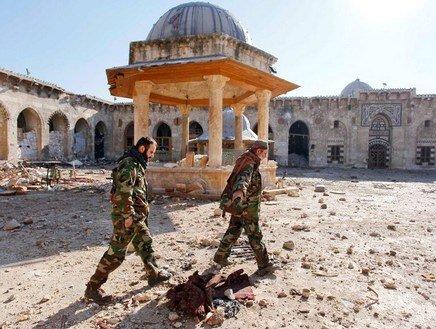 Saccheggi di opere d'arte e contrabbando archeologico, l'altra faccia della guerra in Siria