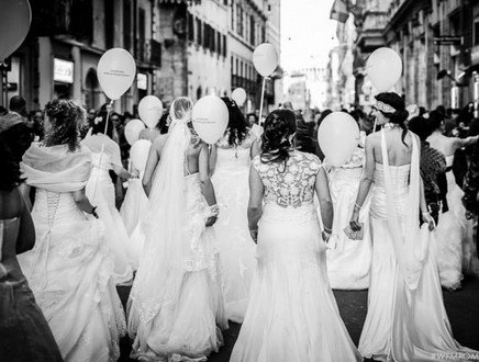 40 spose per la Città Eterna, emozione total white per il Wedding Flash Mob