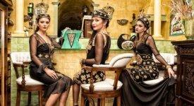Riflessi di luce e mosaici d'oro per Sofia, onirica e opulenta donna di Bisanzio