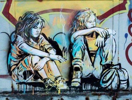 Visioni, emozioni e tanto colore: così la street art porta cultura nei luoghi del disagio