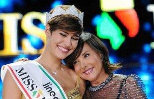 Alice Sabatini e Patrizia Mirigliani subito dopo l'elezione