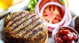 Stessa forma della carne ma voilà...è cibo 'vegan' che attrae anche i carnivori curiosi