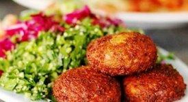 Vegani e vegetariani pronti a partire: ecco il tour europeo 'cruelty free'