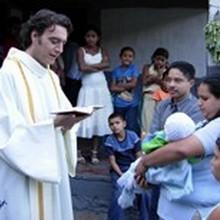 Honduras: il prete calciatore eroe nazionale