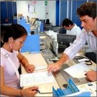 Immigrazione: per cercare lavoro il passaparola più efficace del centro per l'impiego