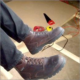 Sicurezza sul lavoro: Anci, scarpe antinfortunistica poco utilizzate