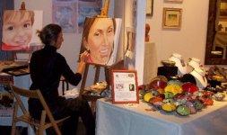 Una pittrice e le sue creazioni