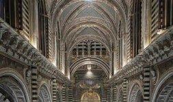 Duomo di Siena, veduta della navata centrale