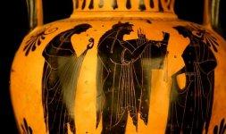 Anfora attica a figure nere Attribuibile alla cerchia del Pittore di Nikoxenos 510 a.C  ca. (particolare)