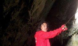 PERTOSA - Una guida delle Grotte dell'Angelo (Photo ©Francesca Nanni)