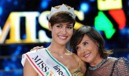 Alice Sabatini insieme al patron di Miss Italia Patrizia Mirigliani (Photo ©Rocco Almagno)