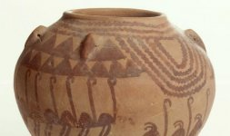 Vaso decorato con struzzi, colline e acque - Naqada IID1 (3450-3325 a.C.)