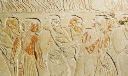 Rilievi con prigionieri di guerra condotti da soldati egiziani al cospetto di Tutankhamon - XVIII dinastia, regno di Tutankhamon (1333-1323 a.C.)