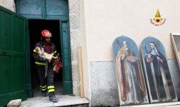 Recupero opere dalla Chiesa di San Pellegrino a Norcia (Foto ©Vigili del Fuoco)