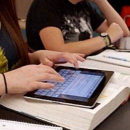 L'iBooks 2 reinventa i libri testo?