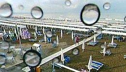 Estate 2011: sotto l'ombrello...anziché sotto l'ombrellone