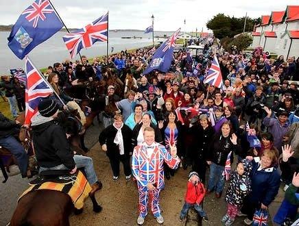Hasta la vista Argentina, le Falkland scelgono il Regno Unito
