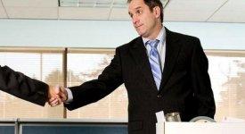 Scarse valutazioni e pochi scatti di carriera…che brutta cosa invecchiare in azienda!
