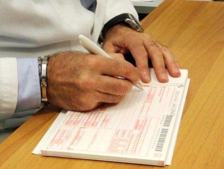 Ricette mediche, dietro front del governo: sì a prestazioni sanitarie indicate dal medico