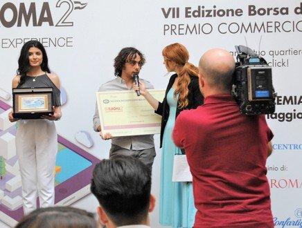 Moderna, interattiva, 3.0: 'La mia App di quartiere' vince il Premio Commercio Roma
