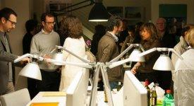 Finger sushi e street art nello studio dell'architetto: il trendy aperitivo diventa un contest